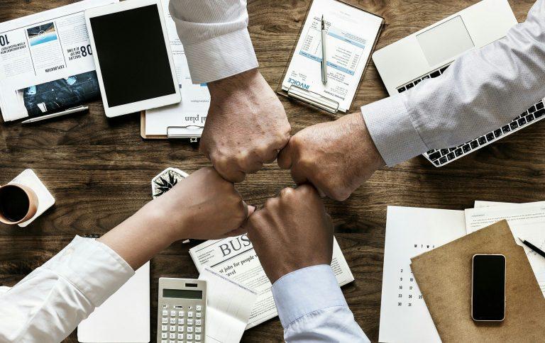 لماذا يجب الفصل بين الملكية والإدارة في إدارة الشركات والمؤسسات؟